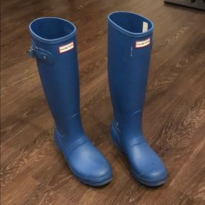 Hunter cornflower tall original rain boots, size 8
